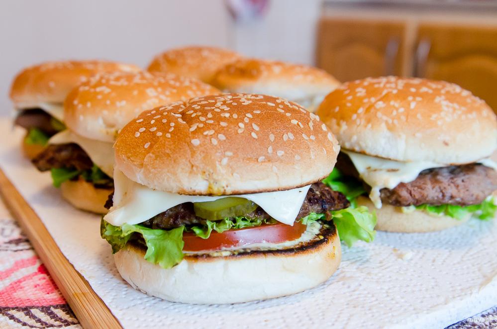 рецепт котлет для домашних бургеров