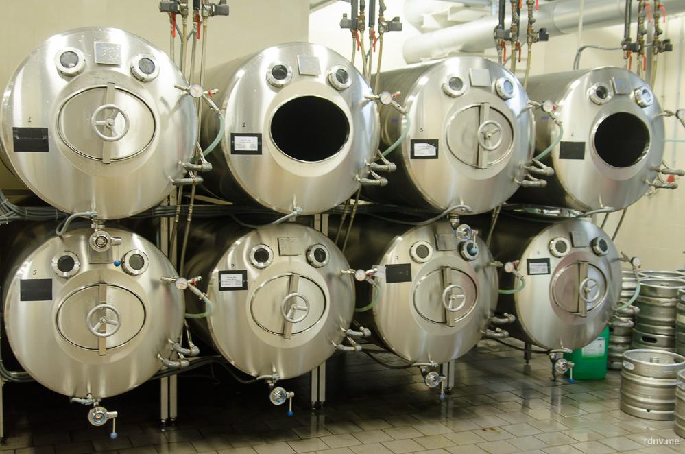 Фарфасы — горизонтальные танки для хранения пива