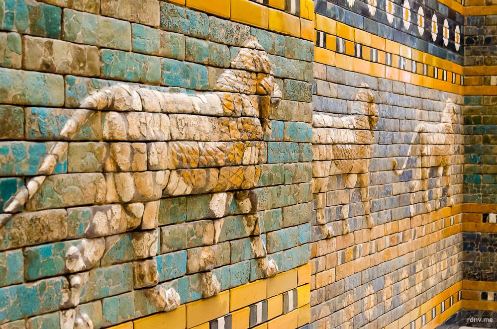 Ворота Иштар в Пергамском музее Берлина