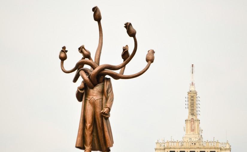 Что делать с памятниками Ленину и другими советскими символами?