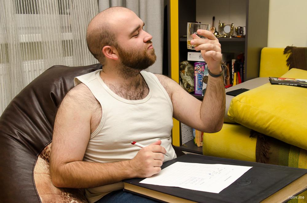 Специалист технической поддержки Олег предпочитает тёмное пиво (но не Guinness) и радлеры