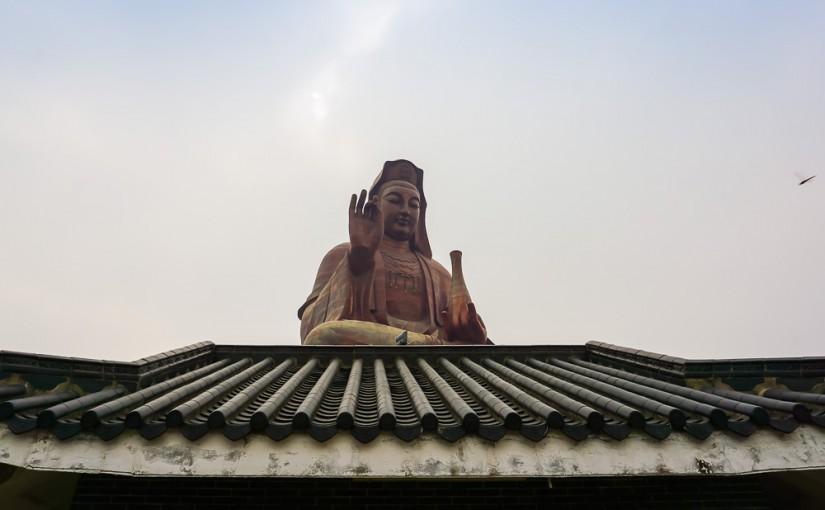 Храм на горе Сицзяо: а не стать ли мне буддистом?