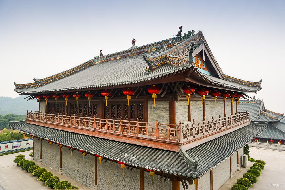 Храм Наньхай Гуаньинь на горе Сицзяо