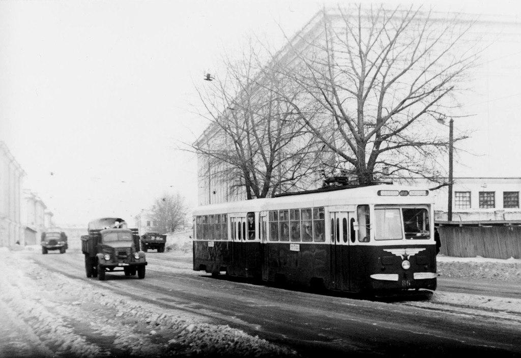 60-ые, трамвай на улице Первомайской