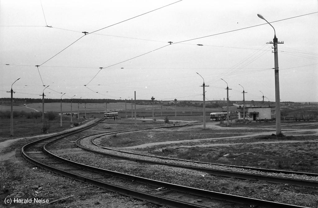 Диспетчерская станция «Зелёный луг». В 1974 году окрестности, действительно, напоминали пустой луг
