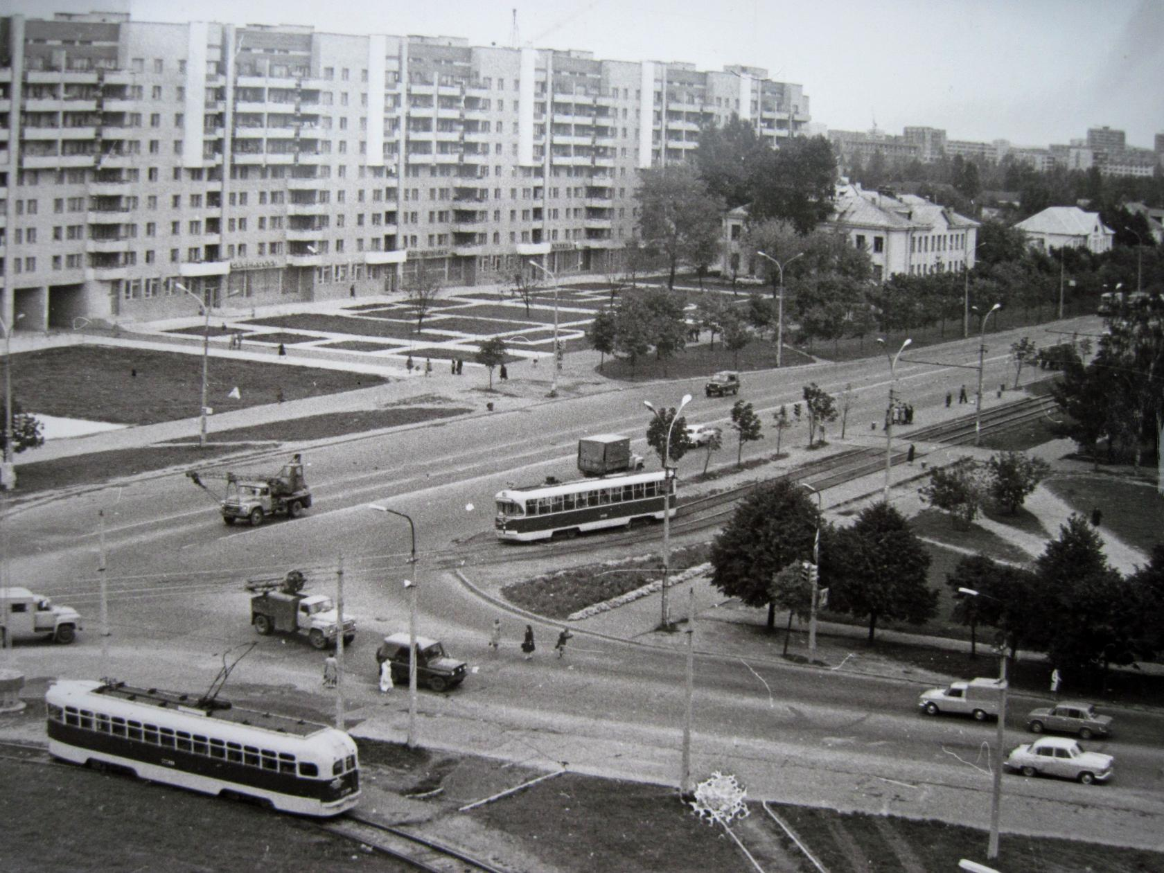 Трамвайное кольцо на улице Волгоградской. Его ликвидировали буквально пару лет назад…